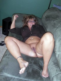 Wife Named Jackie nude at home