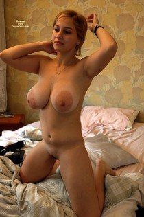 Sexy MILF cougar with big nipples