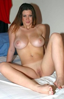 Sexy horny milf posing with nice pure pussy and big awesome cute boobs